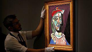Kübist akımın öncülerinden Picasso tablolarının değerleri milyon dolarlarla ölçülüyor.