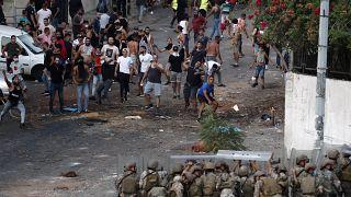صدامات في بيروت بين جنود لبنانيين ومؤيدي رئيس الوزراء المعين سعد الحريري الذي اعتذر عن تشكيل الحكومة. 2021/07/15