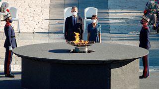 ملك إسبانيا يكرم عائلات ضحايا كوفيد-19 من العاملين بالقطاع الصحي