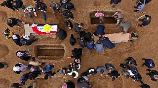 Ezidilerin gömüldüğü toplu cenaze