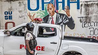 Un agent de police haïtien à proximité de la résidence de Jovenel Moïse, assassiné le 7 juillet - Port-au-Prince (Haïti), le 15/07/2021