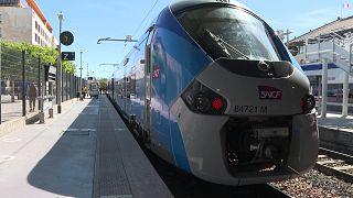قطار بلو كوست يعود إلى الخدمة في الريفيرا الفرنسية