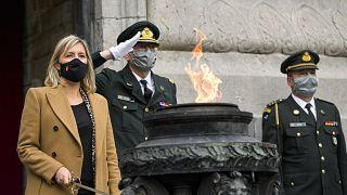 وزيرة الدفاع البلجيكية لوديفين ديدوند برفقة قياديين عسكريين، بروكسل، 13 أكتوبر 2020