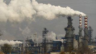 Çin'in Hejin şehrinde yer alan bir termik santral