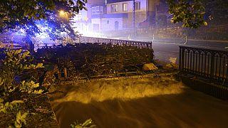 Hochwasser jetzt auch in Sachsen, Bayern und Österreich