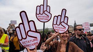 تظاهرات علیه واکسیناسیون اجباری در فرانسه