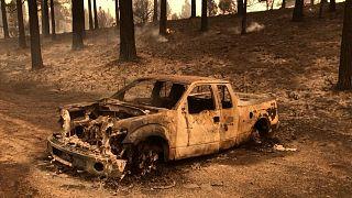 Der Brand wütet in Kalifornien an der Staatsgrenze zu Nevada
