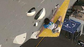 Stefano Ghisolfi oro nella prova di Coppa del mondo di arrampicata libera a Briançon, Francia