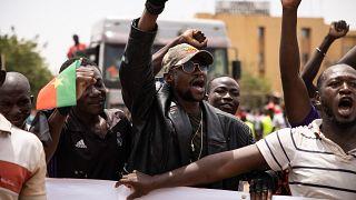 Burkina Faso : des groupes de défense pour remplacer l'armée