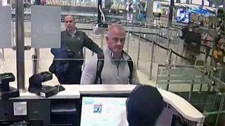 Carlos Ghosn'un Japonya'dan Lübnan'a kaçmasına yardım eden ABD'li Michael Taylor (60) İstanbul Havaalanı pasaport kontrolden geçerken