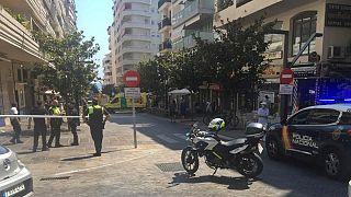 Perímetro de segurança da polícia em torno do local do atropelamento