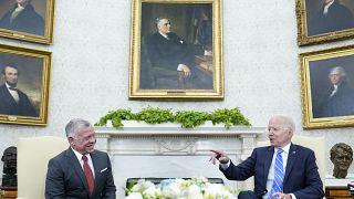 خلال اللقاء الذي جمع بايدن بالملك عبد الله الثاني في البيت الأبيض