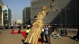 Брюссель видит нехватку законности в Восточной Европе