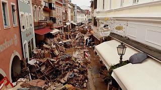 تصاویری از غرب آلمان؛ تخریب منازل مسکونی در مناطق سیل زده