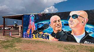 پوستر سفر جف بزوس به فضا در تگزاس