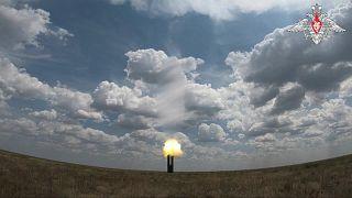 روسيا تختبر منظومة صواريخ S-500 بنجاح