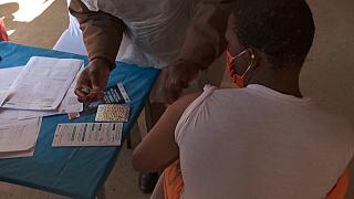 Afrique du Sud : vaccination des détenus des services correctionnels