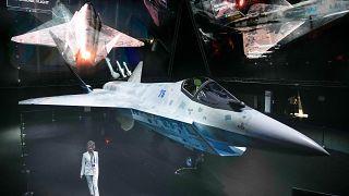 """المقاتلة الحربية الروسية الجديدة """"الشبح"""" من طراز سوخوي """"تشيك ميت"""". 20/07/2021"""