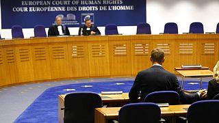 Avrupa İnsan Hakları Mahkemesi'nde görülen bir davadan bir kare.