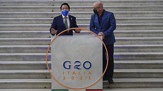 G20: Flashmobber fordern Schuldenerlass