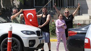 Türkiye'ye gelen gurbetçiler: Döviz artışı bizi de etkiliyor, alım gücü zorlaştı