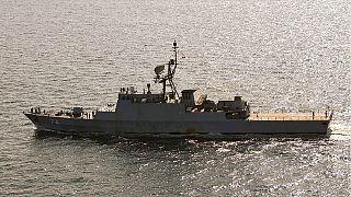 مدمرة إيرانية تبحر في بحر البلطيق