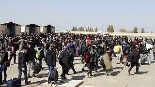 Afganistan'da Taliban'ın saldırıları sonrası binlerce kişi evlerini terk etti