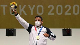جواد فروغی، ورزشکار ایرانی