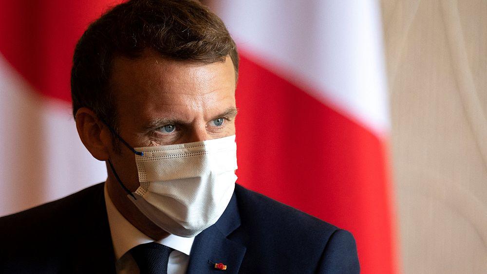 Fransa'da, 'Müslümanların ötekileştirildiği' gerekçesiyle eleştirilen tasarı yasalaştı