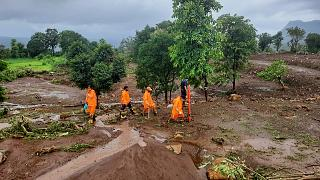 Folgen der Überschwemmungen und Erdrutsche im Bezirk Raigad in Maharashtra