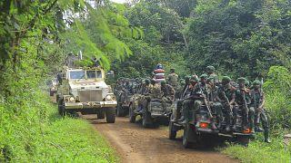 Военнослужащие на месте нападения