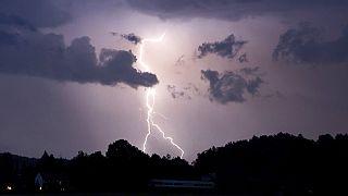 Gewitter in Deutschland und der Schweiz - Symbolbild