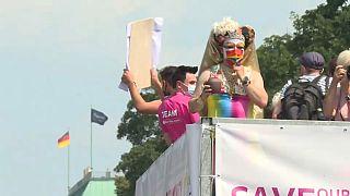 La Marcha del Orgullo de Berlín sale a defender los derechos de la comunidad LGTBIQ+