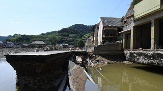 I danni delle inondazioni in Germania. Distrutta la più antica cantina di vini