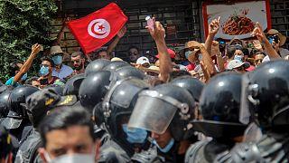 اعتراضات سراسری در تونس