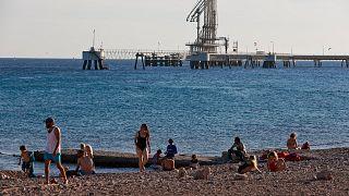 تنقيب عن النفط بالقرب من مدينة إيلات الإسرائيلية المطلة على البحر الأحمر
