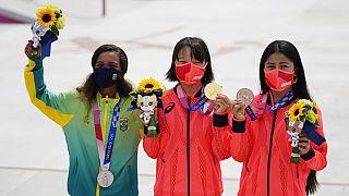 Las medallistas del skate calle femenino forman el podio más joven de la historia