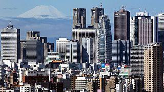 Im Vordergrund Tokio, im Hintergrund der allgegenwärtige Mount Fuji
