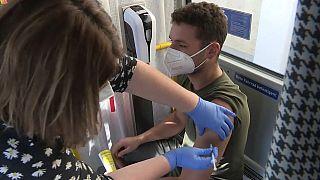 """Vaccinazioni a bordo dell""""Impfbus"""" a Salisburgo"""