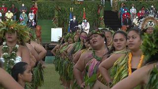 مراسم رقص تقليدي للرئيس الفرنسي إيمانويل ماكرون في جزيرة هيفا أوا
