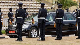 Ouganda : polémique autour de voitures offertes pendant la Covid-19