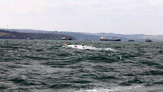 غرق أحد مراكب المهاجرين قبالة الشواطئ التركية (أرشيف)
