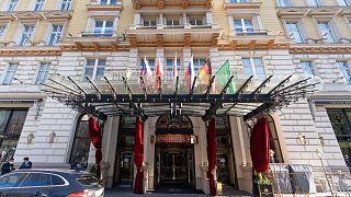 Diplomats meeting in Vienna