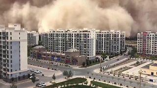 عاصفة رملية في الصين