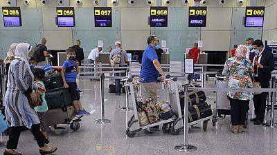 Covid-19 : l'Algérie lève la quarantaine obligatoire pour les voyageurs