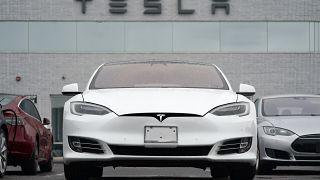 Tesla nisan-haziran döneminde 200 binin üzerinde araç sattı