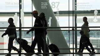 صورة من داخل مطار هيثرو