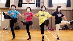 Japan seniors find joy in cheerleading