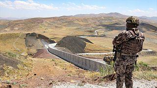 Van Valisi: 295 kilometrelik İran sınır hattına duvar örülecek