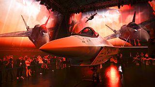 نمونه جنگنده چکمیت در نمایشگاه هوایی روسیه